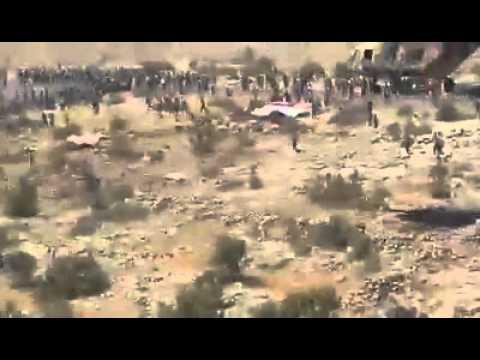طيران الجيش العراقي والقوة الجوية مستمرة بإيصال المساعدات الى المهجرين في جبال سنجار