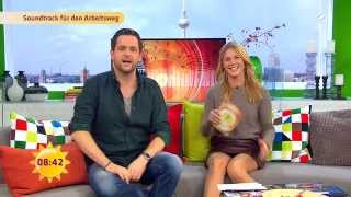 Alina Merkau - Sat.1 Frühstücksfernsehen 15.10.15