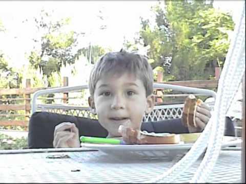 How a toddler eats dinner