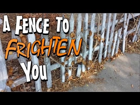 Make A Rickety Picket Fence Halloween Prop For Yard Display