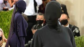 Met Gala 2021: Kim Kardashian Shows Up in Head-to-Toe Black Bodysuit
