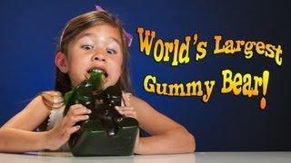 4-year-old Devours WORLD