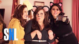 Download A Girl's Halloween - SNL Video