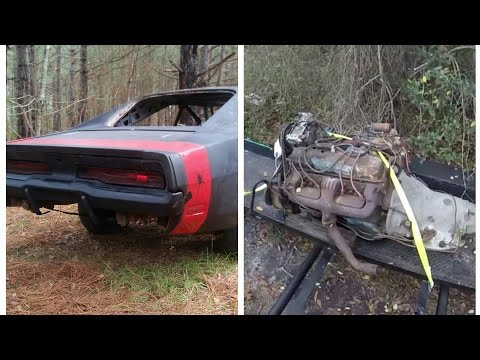 69 charger $300 RV big block score. Black Widow 1969 charger