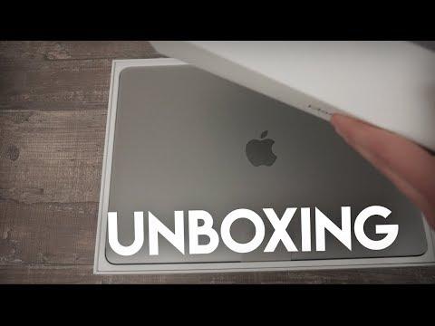 Macbook Pro Unboxing - 2018