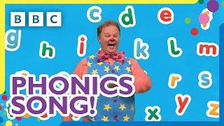 Mr Tumble's Alphabet Phonics Song   CBeebies