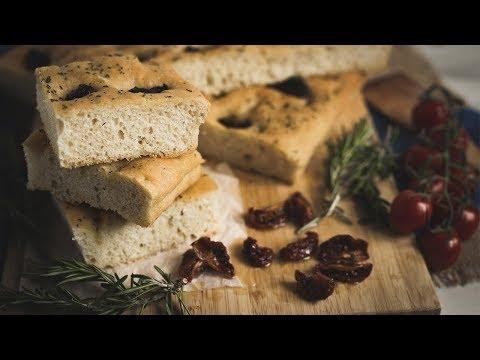 THE BEST ITALIAN FOCACCIA BREAD RECIPE w/ SUN BLUSHED TOMATOES and ROSEMARY │Mi Terruno food