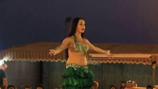 Desert Safari Dubai Belly Dance  Beautiful Girl    فتاة جميلة