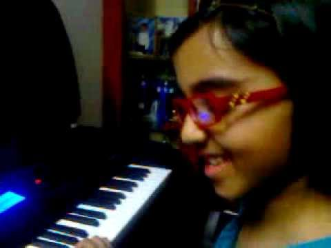 Riti playing Romance De amor - Trinity 1st Grade keyboard piece