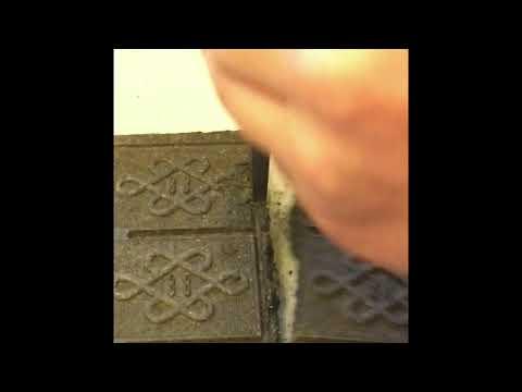 How to break apart compressed tea bricks
