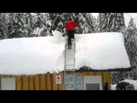 DIY Avalanche Roof Snow Removal Tool