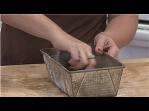 Housecleaning & Home Maintenance : Removing Rust From Baking Pans