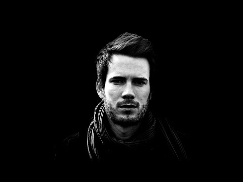 How to make Black and White Portrait || PHOTOSHOP Tutorial ||