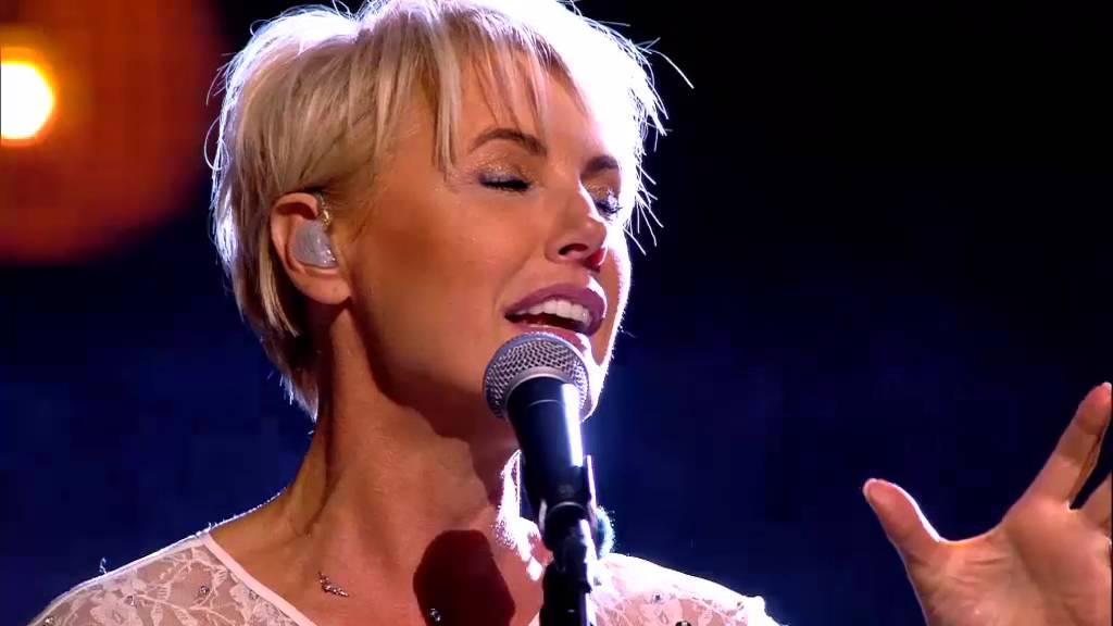 Dana Winner - One Moment In Time (live) | Liefde Voor Muziek | VTM