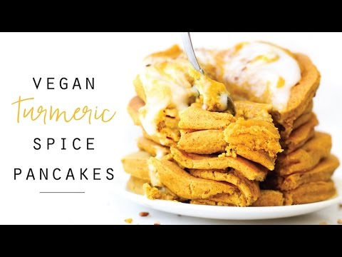 Turmeric Spice Pancakes // vegan, gluten-free, no banana