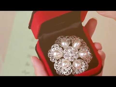 OKAJewelry Pearl Flower Brooch Pin