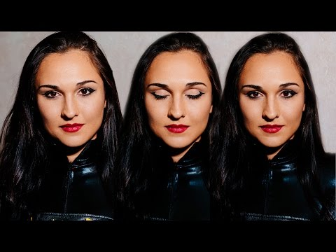 Batgirl Cosplay Makeup Tutorial