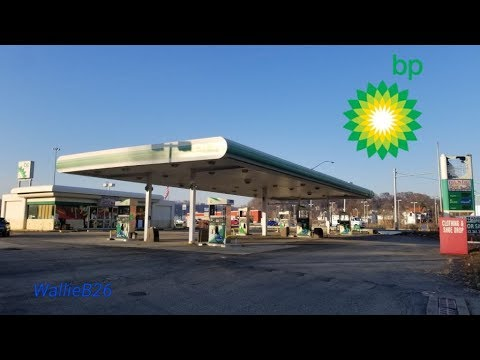 Abandoned BP With Tons Of Stuff Inside Car Wash Bridgeville, Pa