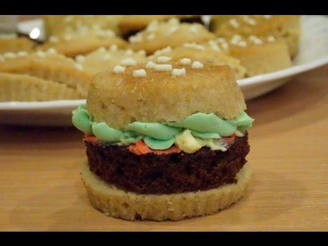 MAKING KRABBY PATTY CUPCAKES! | Baking Vlog