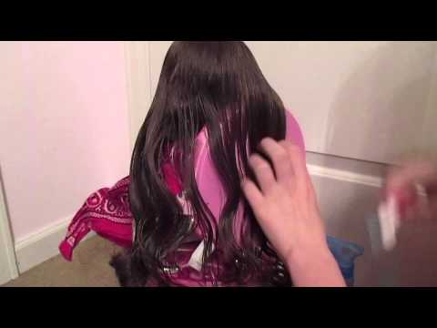 How to Curl your Dolls Hair Without Curlers