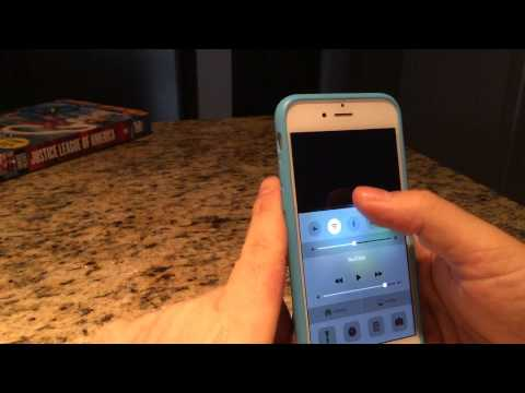How to easily change the portrait orientation lock on your iPhone