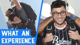 FUNNIEST SKYDIVING EXPERIENCE | APEX LEGENDS HIGHLIGHT