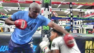 Download Floyd Mayweather Sr. shows RIDICULOUS speed at 65 years of age Video
