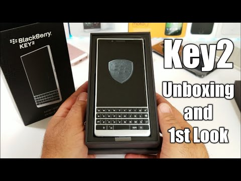 BlackBerry KEY2 Unboxing and 1st Look