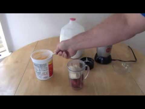 How to Make a Strawberry Banana Fruit Smoothie -Recipe