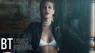 Clean Bandit - Rockabye ft. Sean Paul & Anne-Marie (Lyrics + Español) Video Official