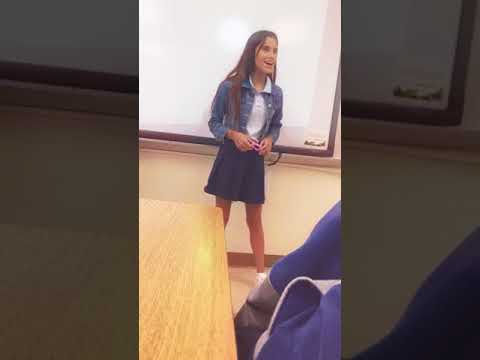 Girl sing in front of the class 💕 ( my bestfriend )