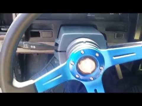 92 Nissan d21-aftermarket steeringwheel, hub mod