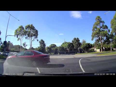 Almost crashed Jumping Red Light - caught on dashcam