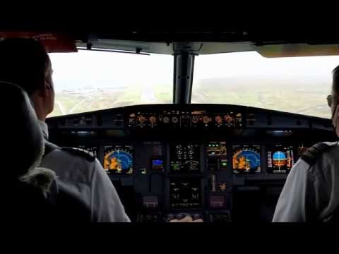 [ Why I Fly ] Cockpit video - AIRBUS in Keflavik - RNP and ILS manual approach - Iceland