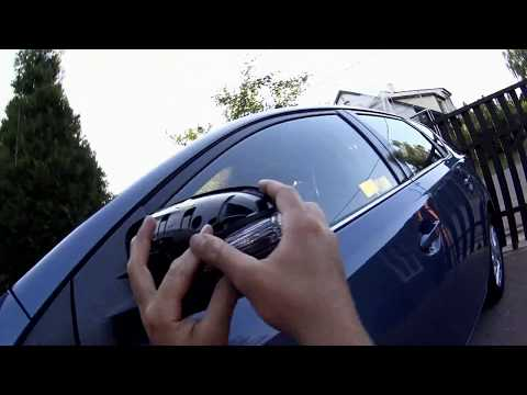 How to change mirror indicator, turn signal lamp or bulb in Toyota Auris / Corolla.