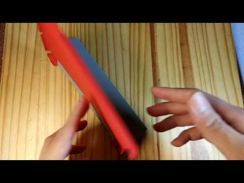 【Amazon・iPad mini ケース】純正プロダクトレッドの様なきれいな赤色。