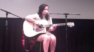 tinisian hot singer woman