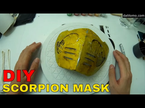 DIY Scorpion Mask - Cardboard Box Cosplay How to