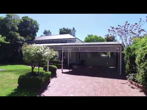 Rental Property in Melbourne: Canterbury House 5BR/2BA by Property Management in Melbourne