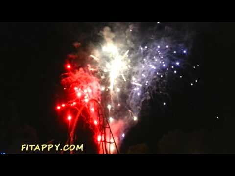 Awesome FIREWORKS Show ★ 4th of July 2015 Celebration at Magic Mountain 6 Flags, California