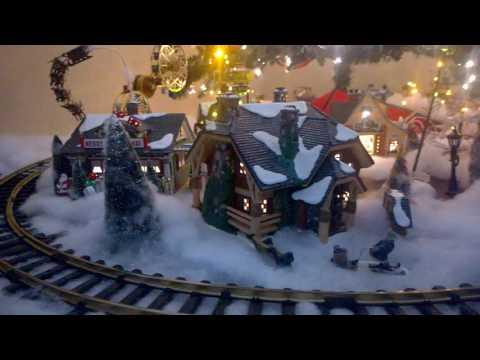 Train  Christmas tree decoration.A diy train set