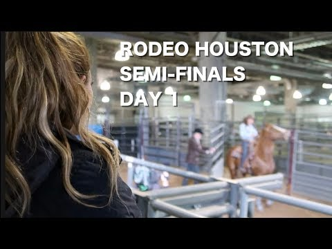 WATCHING MY COMPETITION AT RODEO HOUSTON