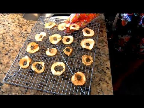 Dehydrated Apple Peels in an Oven : Cooking with Apples