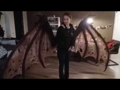 Articulated demon wings