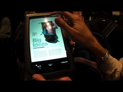 NOOKColor hands-on overview, 7-inch color touchscreen & wireless access