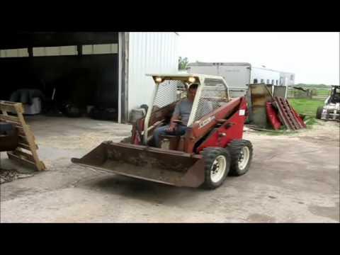 Gehl 2600 skid steer for sale | sold at auction April 25, 2012 (New)