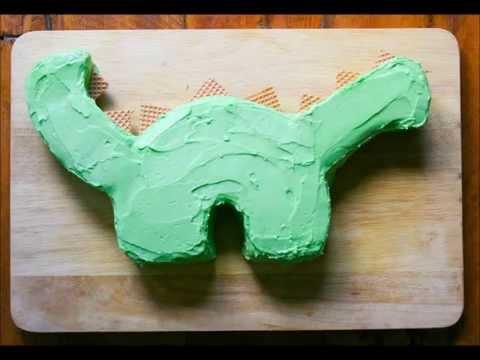 How to make a dinosaur cake.