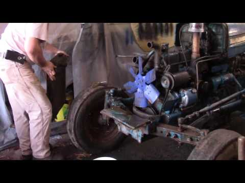 Ford 3000 Tractor Radiator Removal
