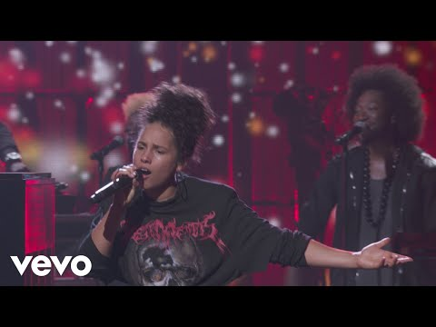 Alicia Keys - Girl On Fire (Live from Apple Music Festival, London, 2016)