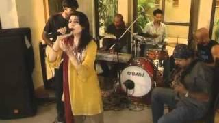 Kithe Nain Na Joreen - Live Jam at Home - Fariha Pervez